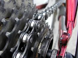bicycle chain cleaning