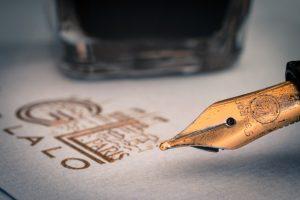 dirty fountain pen nib