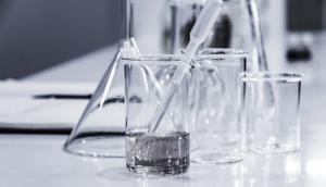 wash lab glassware